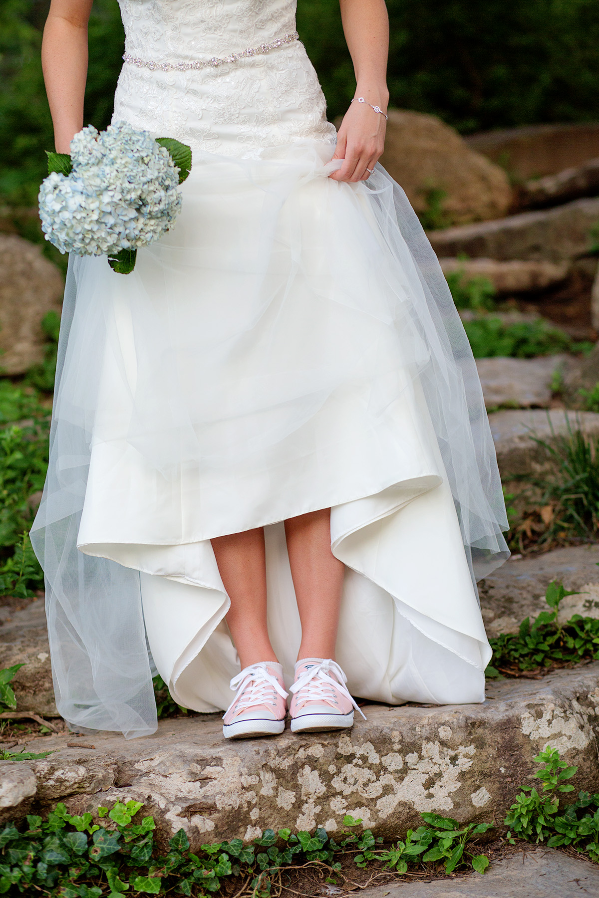 bridal photo with pink converse shoes tulsa oklahoma