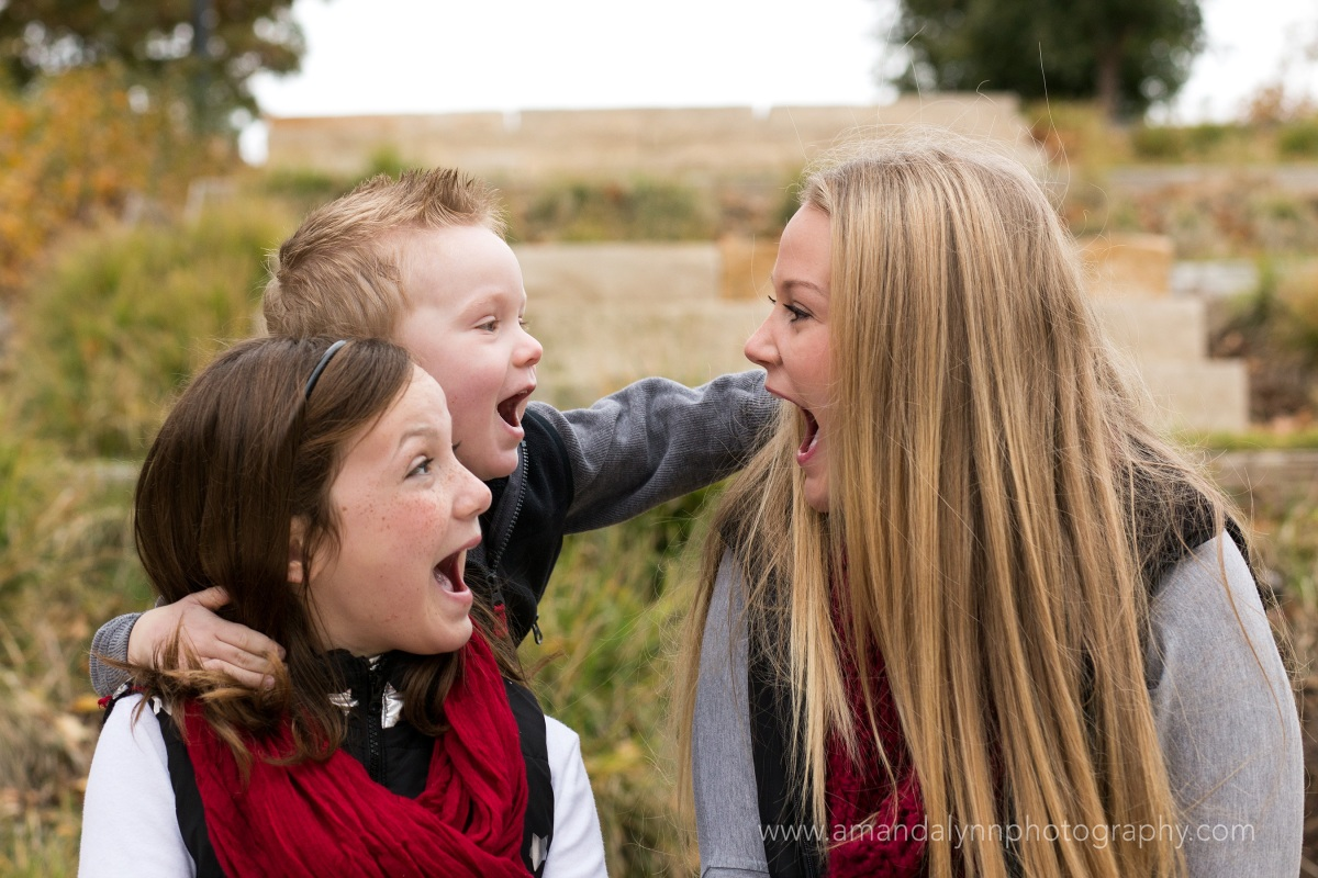 siblings laughing at myriad gardens in oklahoma city