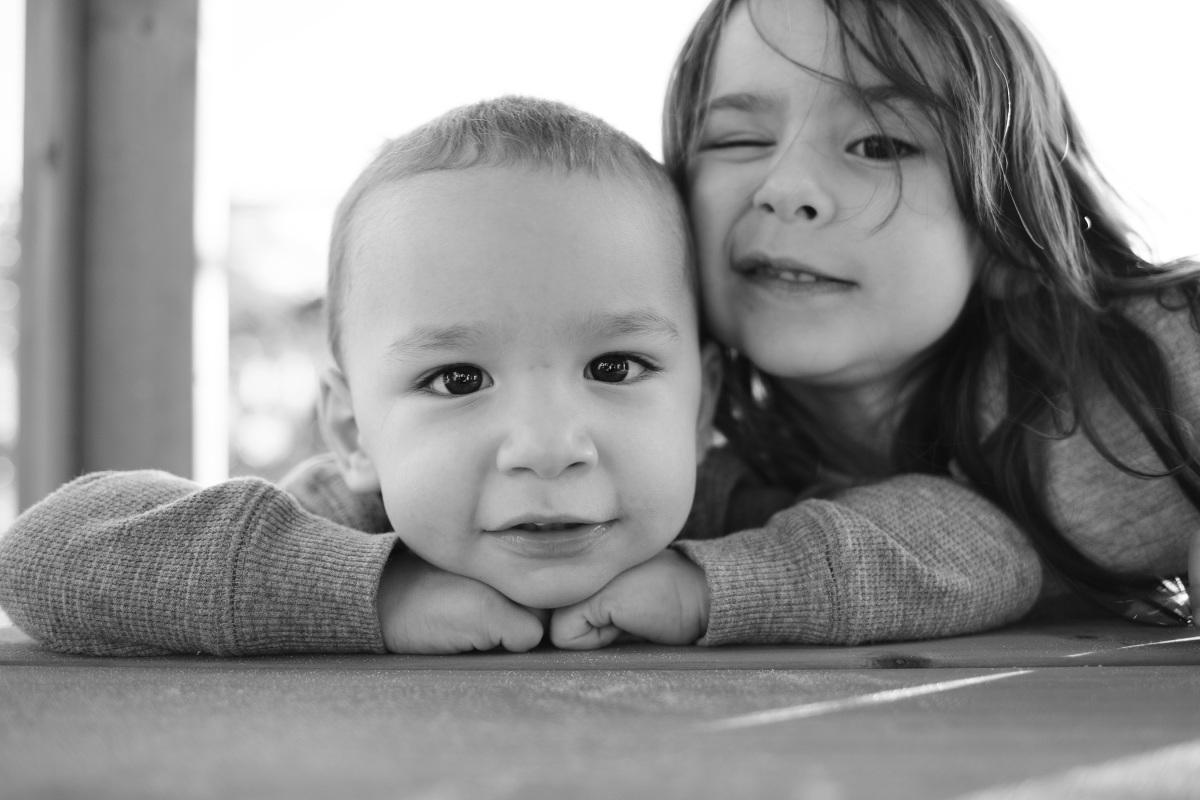 little kids posing for 365 in harrah oklahoma